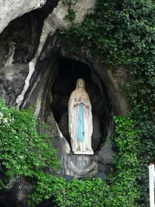 Marie de Lourdes